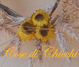 Decorazione con fiori di elicriso